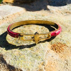 Jewelry - Fleur De Lis 24k gold Pleated Italian bracelet